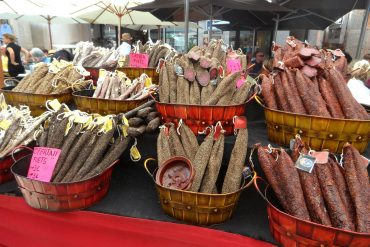 cured-meats-379815_1280