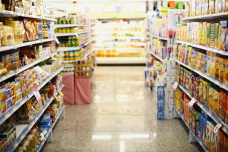 Aisles of Food in Grocery Store --- Image by © Randy Faris/Corbis