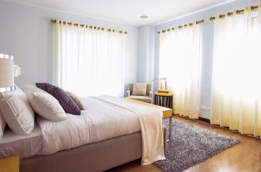 peaceful-bedroom-pexels-photo-90317