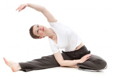 stretching -female-40974