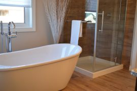 bathtub-1078929_1280