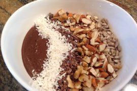chocolate cherry smoothie bowl