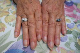 hands-195650_1280