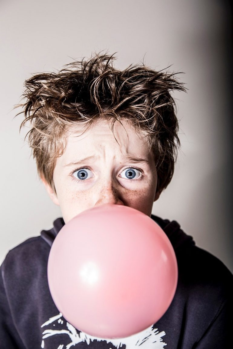 child chewing gum